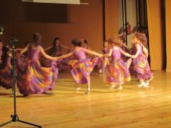 9 май празник на танцав НЧСветлина1941 (17)