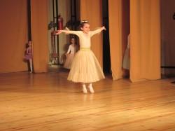 9 май празник на танцав НЧСветлина1941 (2)