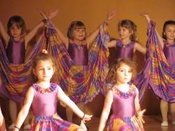 9 май празник на танцав НЧСветлина1941 (21)