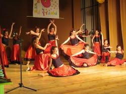 9 май празник на танцав НЧСветлина1941 (30)