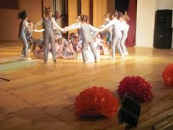 9 май празник на танцав НЧСветлина1941 (51)
