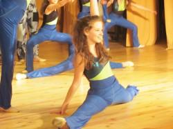 9 май празник на танцав НЧСветлина1941 (83)